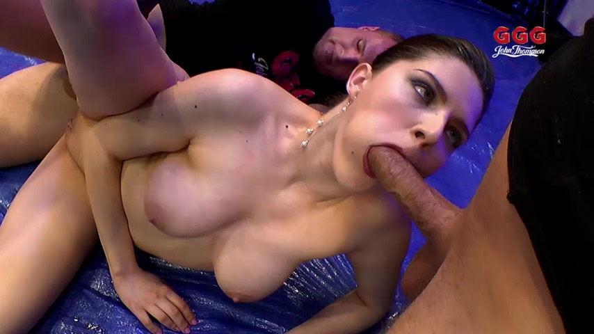 Angel Wicky- Topmodel total vollgepisst Teil 2