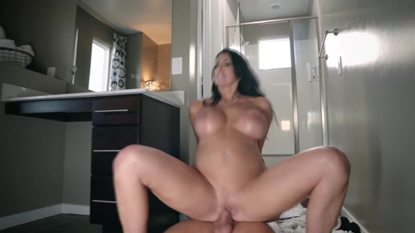 Stepmom's Big Boobs